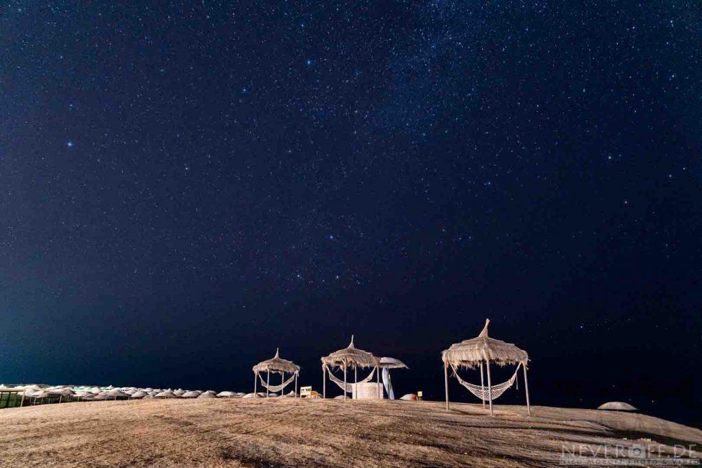 Strandkörbe und Sterne
